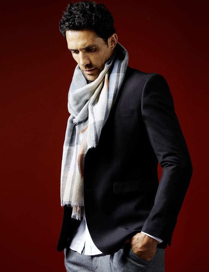 écharpe homme à carreaux de marque AV08 Paris